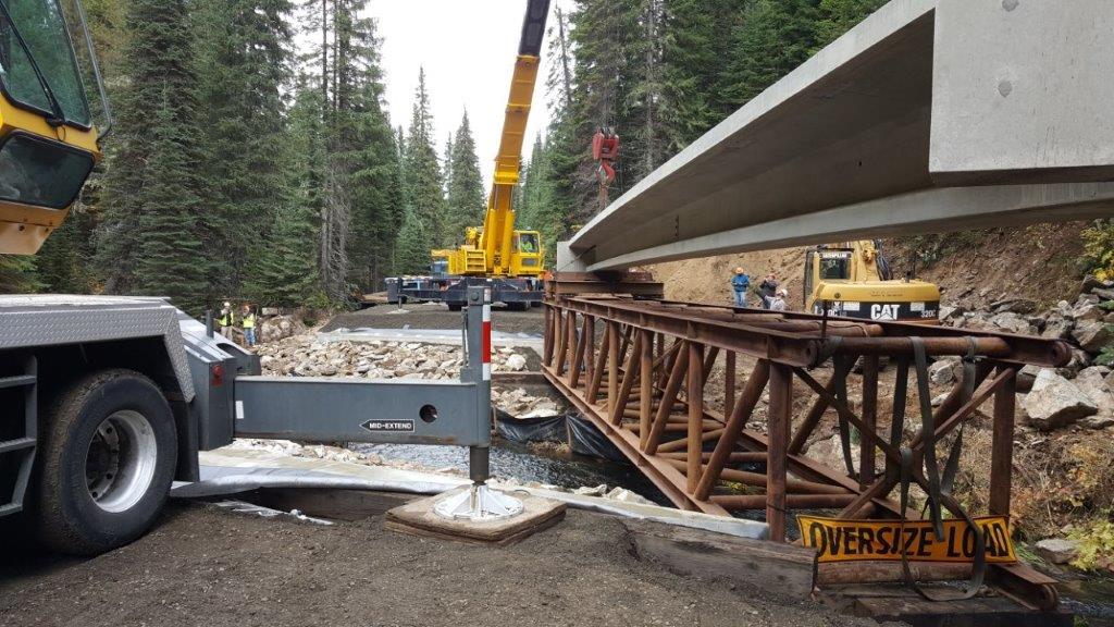 2017-10-02 12.29.16 Beam Launcher @ Elk River Bridge